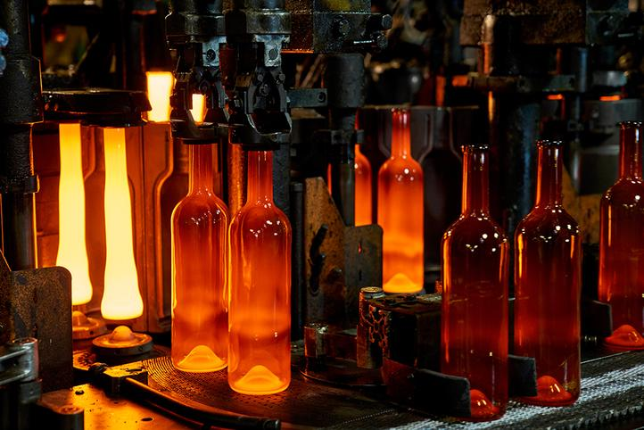 [Translate to Czech:] Glass production